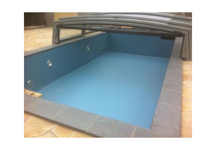 schwimmbad einbauen schwimmbad einbauen swimmingpool schwimmbad treppen schwimmbad und saunen. Black Bedroom Furniture Sets. Home Design Ideas